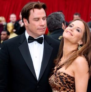 John Travolta amerikai színész és felesége, Kelly Preston az Oscar-díj átadó ünnepségén Los Angelesben 2007-ben