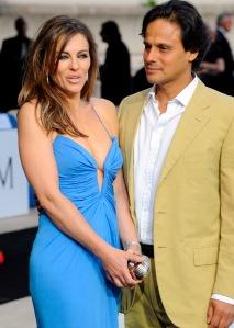 Elizabeth Hurley brit színésznő, topmodell és férje Arun Nayar Monte-Carlóban 2008-ban