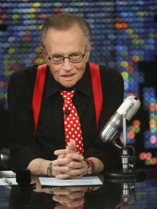 Larry King amerikai műsorvezető a Larry King Live című műsorának utolsó felvételén Los Angelesben, 2010. december 16-án