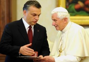 Orbán Viktor magyar miniszterelnök és XVI. Benedek pápa Vatikánvárosban 2010. december 6-án