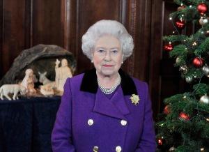 II. Erzsébet brit királynő elmondja 2010. december 24-i, karácsonyi üzenetét alattvalóinak