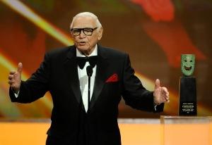 Ernest BorgnineOscar-díjas amerikai színész az életművével a SAG-díjak átadóünnepségén Los Angelesben 2011. január 31-én