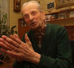 Gallai Rezső (született: 1904. január 29.) Magyarország legidősebb élő embere