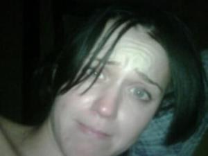 2010. december 31-én közzétett fotó Katy Perry amerikai énekesnőről smink nélkül