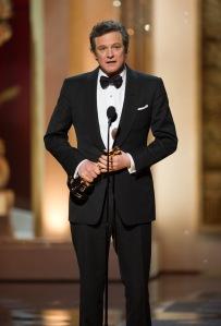Colin Firth brit színész átveszi az Oscar-díját a 83. Oscar-díjkiosztón Los Angelesben 2011. február 27-én