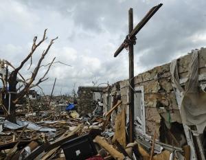 A Missouri állambeli Joplin város romjai, miután tornádó súlytotta 2011. május 22-án