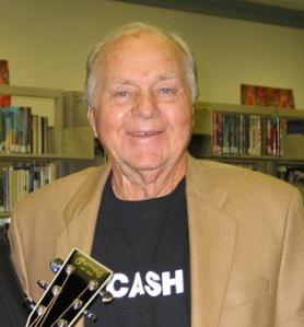 Marshall Grant (1927-2011) amerikai zenész, Johnny Cash gitárosa