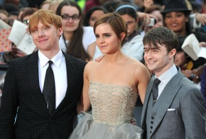 Bemutató Londonban, 2011 július: Rupert Grint, Emma Watson és Daniel Radcliffe, a főszereplők a Harry Potter és a Halál ereklyéi II. rész (Harry Potter and the Deathly Hallows: Part II) bemutatóján