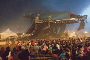 Az Indiana állami vásár összedőlt színpada Indianapolisban, 2011. augusztus 13-án