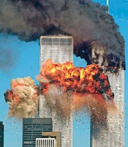 A World Trade Center a 2001. szeptember 11-ei terrortámadás pillanatában