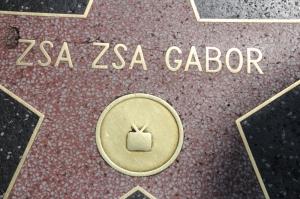Gábor Zsazsa magyar színésznő csillaga a hollywoodi Hírességek Sétányán (Mészáros Márton felvétele)