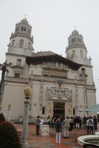 A Hearst kastély bejárata a kaliforniai San Simeonban, San Francisco és Los Angeles között félúton (Mészáros Márton felvétele)
