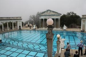 A Hearst-kastély medencéje a es kaliforniai San Simeonban (Mészáros Márton felvétele)