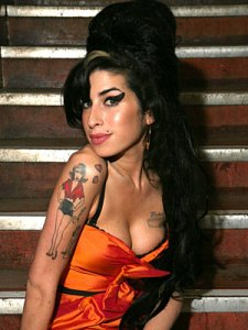 Amy Winehouse ötszörös Grammy-díjas brit énekesnő (1983-2011)