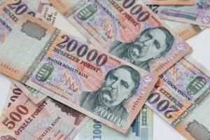 A Moody's is leminősítette és a bóvliba sorolta Magyarországot