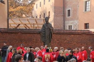 II. János Pál pápa szobra Krakkóban (Fotó: Mészáros Márton)