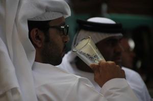 Arab férfiak kávéznak Dubajban, 2011 december (Fotó: Mészáros Márton)