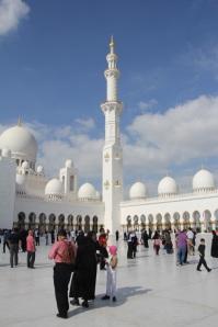 A Zayed sejk mecset Abu-Dzsabiban, 2011 december (Fotó: Mészáros Márton)