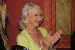 Ilyen közel állt mellettem Helen Mirren Oscar-díjas brit színésznő Az ajtó című filmje budapesti bemutatóján 2012. március 7-én (Fotó: Mészáros Márton)