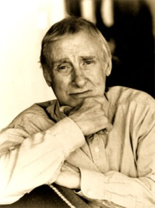 Spike Milligan (1918-2002) ír származású komikus, író, zenész, költő, színész