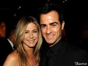 Jennifer Aniston és Justin Theroux amerikai színészek eljegyezték egymást