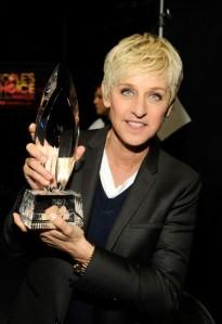 Ellen DeGeneres amerikai műsorvezető a People's Choice Awards díjkiosztóján Los Angelesben 2012 januárjában
