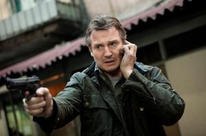 Liam Neeson ír színész az Elrabolva 2. (Taken 2) című film egyik jelenetében
