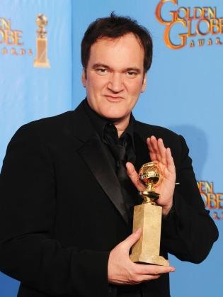 Quentin Tarantino amerikai rendező a legjobb forgatókönyvért járó elismeréssel a 70. alkalommal odaítélt Golden Globe-díjak átadási ünnepségén Los Angelesben 2013. január 13-án