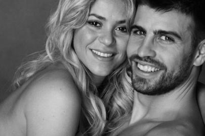 Shakira kolumbiai énekesnő és Gerard Piqué spanyol labdarúgó (Twitter, 2013. január 17.)