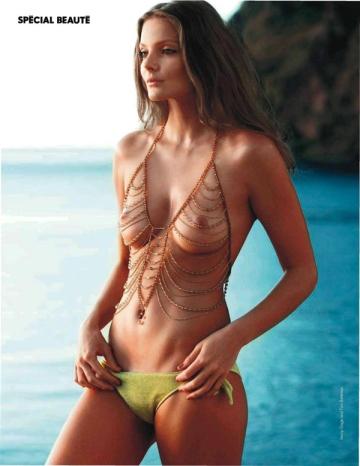 Mihalik Enikő magyar modell a francia Elle magazin 2013 márciusi címlapján