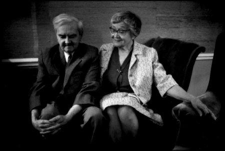 Weöres Sándor és felesége, Károlyi Amy egyik utolsó közös képe (1984-ben készült felvétel)