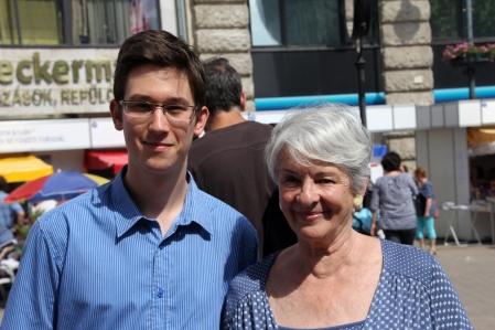 Gróf Nádasdy Borbála írónővel (korábban balettmester, színésznő) a 84. Ünnepi Könyvhéten Budapesten 2013. június 9-én