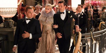 Leonardo DiCaprio, Carey Mulligan és Joe Edgerton A nagy Gatsby (The Great Gatsby) című film egyik jelenetében