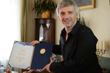Alföldi Róbert, a jubileumi István, a király rendezője fogja a Szeged város aranyérmét 2013. augusztus 17-én