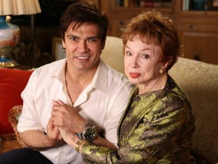 A 90 éves Jeraldine Saunders írónő és párja, Donaldo Monroy