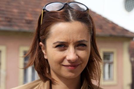 A cannes-i filmfesztivál legjobb színésznőnek járó Arany Pálma-díjával kitüntetett Cosmina Stratan román színésznő Miskolcon 2013. szeptember 21-én (Fotó: Mészáros Márton)