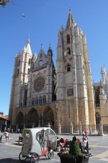 A leóni katedrális (Fotó: Mészáros Márton)