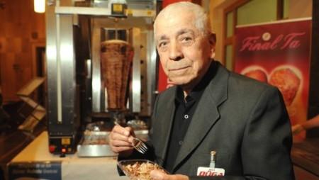 Kadir Nurman (1933-2013), a döner kebab feltalálója