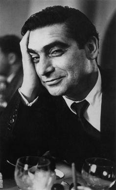 Robert Capa (1913-1954) magyar fotóművész