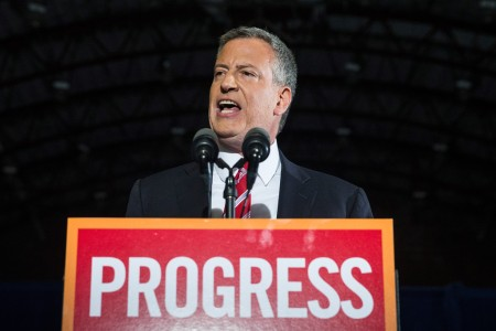 Bill de Blasio, New York új polgármestere beszél támogatóihoz, miután megválasztották 2013. november 6-án