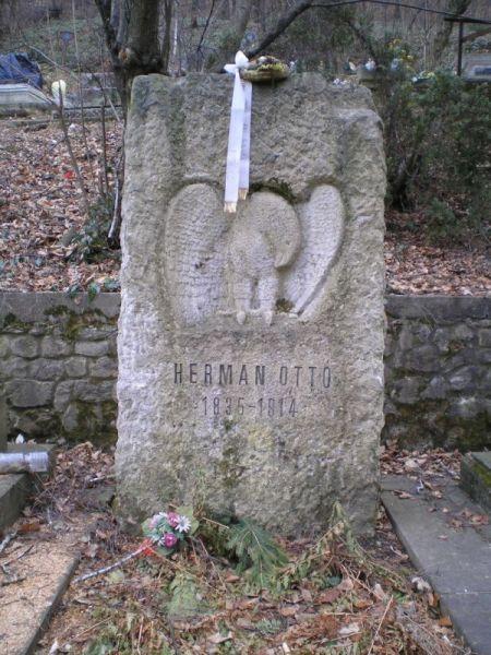 Herman Ottó (1835-1914) természettudós, polihisztor síremléke Miskolcon