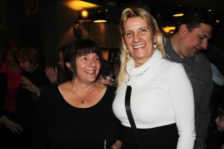 Lantos Ágnes és Szabó Erika tanárnők, a Varga Gábor-díj elismertjei a díjkiosztón Budapesten 2013. november 20-án (Fotó: Mészáros Márton)