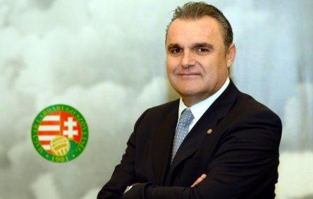 Pintér Attila a magyar labdarúgó-válogatott új szövetségi kapitánya Telkiben 2013. december 19-én
