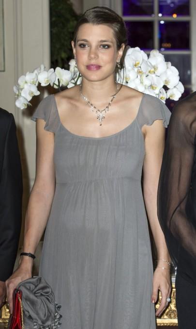 Charlotte Casiraghi, Caroline monacói hercegnő leánya egy gálán Monacóban 2013. október 4-én