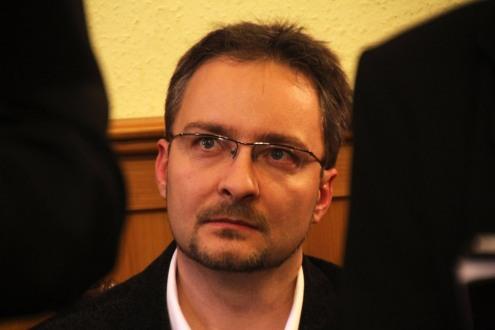 Réti Tamás költő a Rólunk című debütáló kötete bemutatóján Budapesten 2013. december 8-án (Fotó: Mészáros Márton)