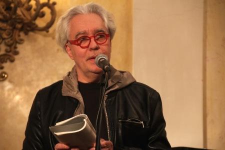 Németh Gábor író Tandori Dezső Kossuth-díjas költő, író, műfordító 75. születésnapi köszöntésén a Petőfi Irodalmi Múzeumban 2013. december 8-án (Fotó: Mészáros Márton)