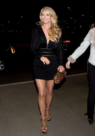 Christie Brinkley amerikai modell a Sports Illustrated Swimsuit 50. évfordulós partiján a hollywoodi Dolbi-színházban 2014. január 14-én