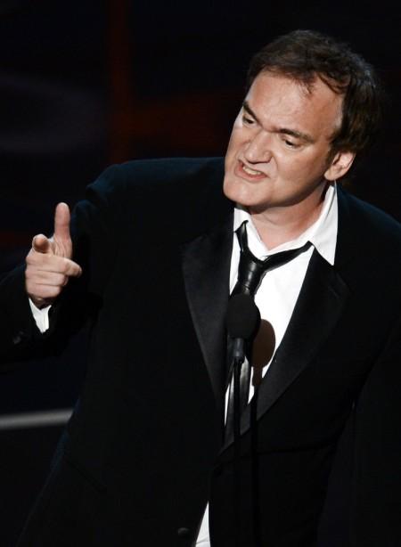 Quentin Tarantino Oscar-díjas amerikai filmrendező átveszi az Oscar-díjat 2013-ban