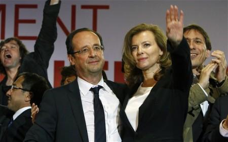 Francois Hollande francia elnök és élettársa, Valérie Trierweiller