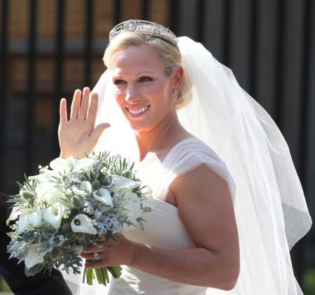 Zara Phillips, II. Erzsébet királynő legidősebb leányunokája esküvőjekor 2011. július 30-án